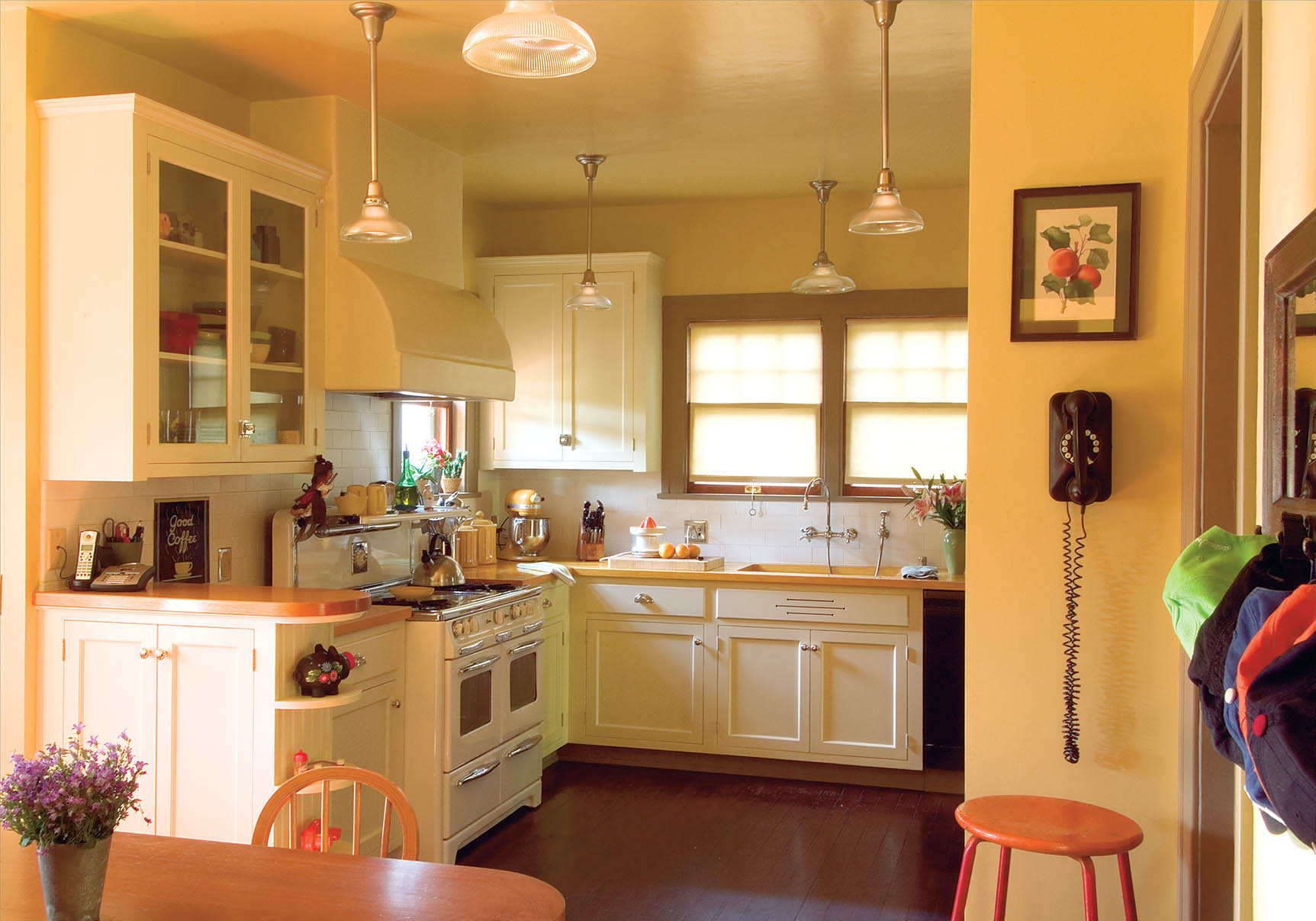 Bungalow Kitchens Changing With The Times American Bungalow Magazine